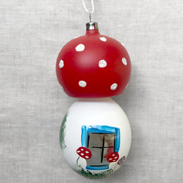 Nostalgic Mushroom With Santa Ornament
