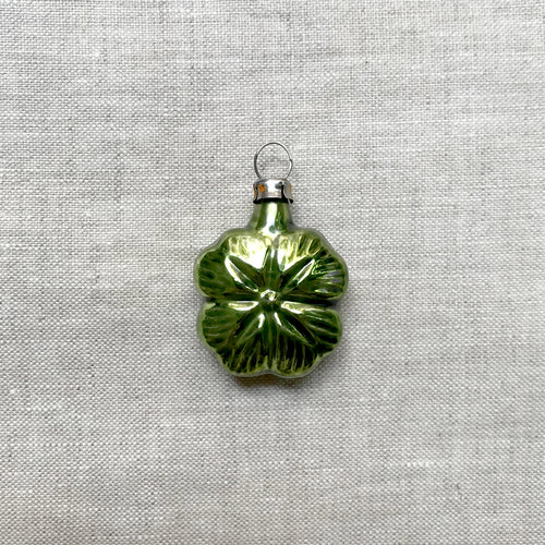 Nostalgic Tiny four Leaf Clover Ornament