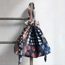 1954 Drawstring Tote in Navy