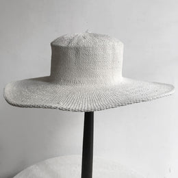 The Dove Hat in White