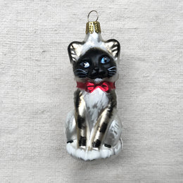 Siamese Cat with Red Bow Ornament