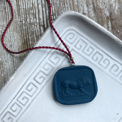 Leo Pendant Necklace in Indigo