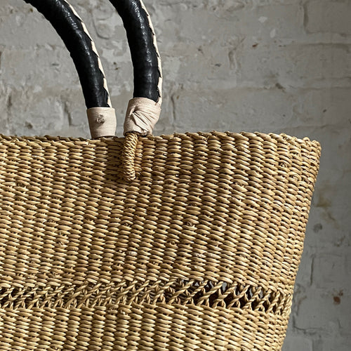 Savanna Oval Vea Basket Tote