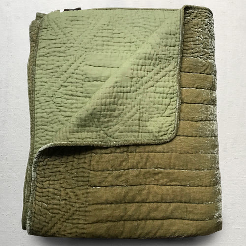 Silk Velvet King Quilt in Silver Green