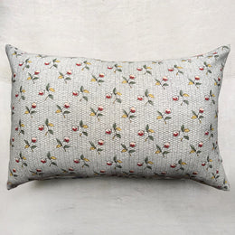 Medium Baies Pillow (No. 56A) with Linen Backing