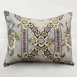 Small Guirlandes de Fleurs Pillow (No. 1B) with Linen Backing