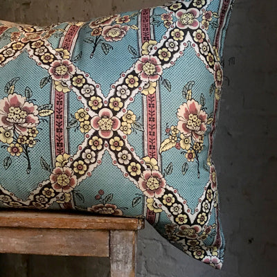 Large Guirlandes de Fleurs Pillow (No. 1A)