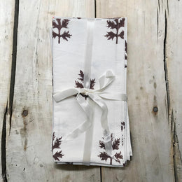 Les Indiennes Leaves Napkin Set in Chocolate Brown