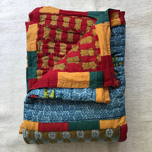 Twin Quilt (Multi)