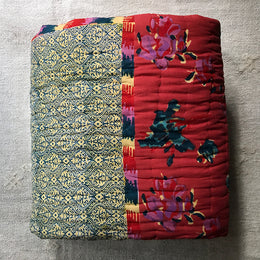 Queen Quilt (Rose Floral)