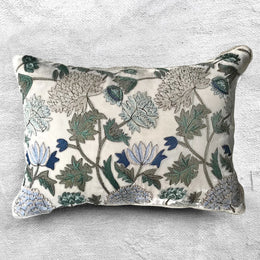 Milva Silk Velvet Pillow in Silver