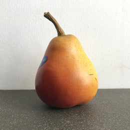 Small William Blush Pear