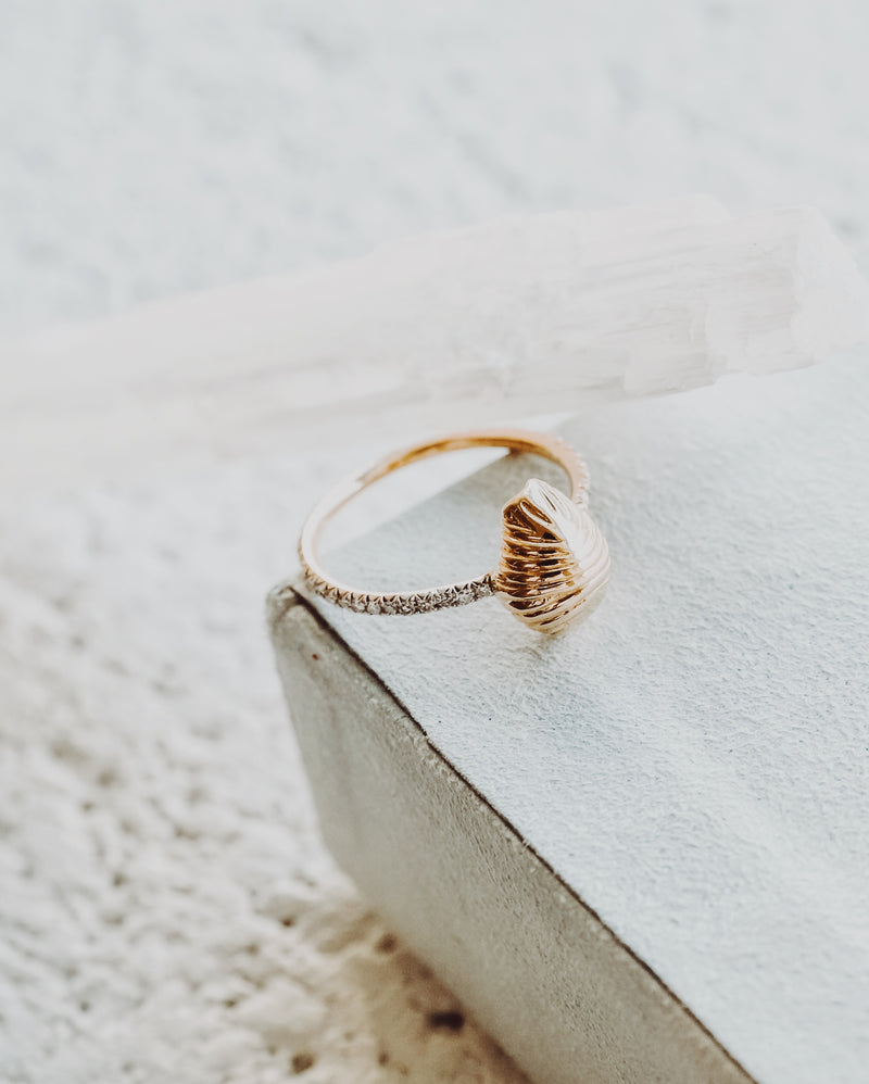 Small Diamond Thread and Shell Ring