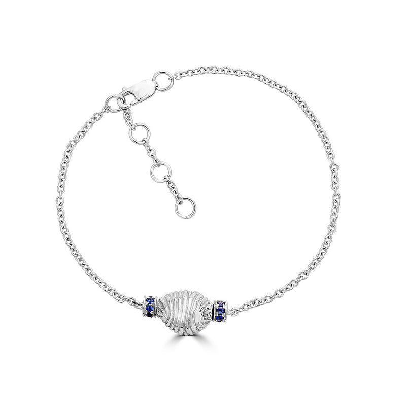 Thread and Shell Bracelet - Sapphire