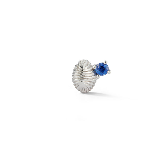 Bitsy Bean Stud with Sapphire - Closed