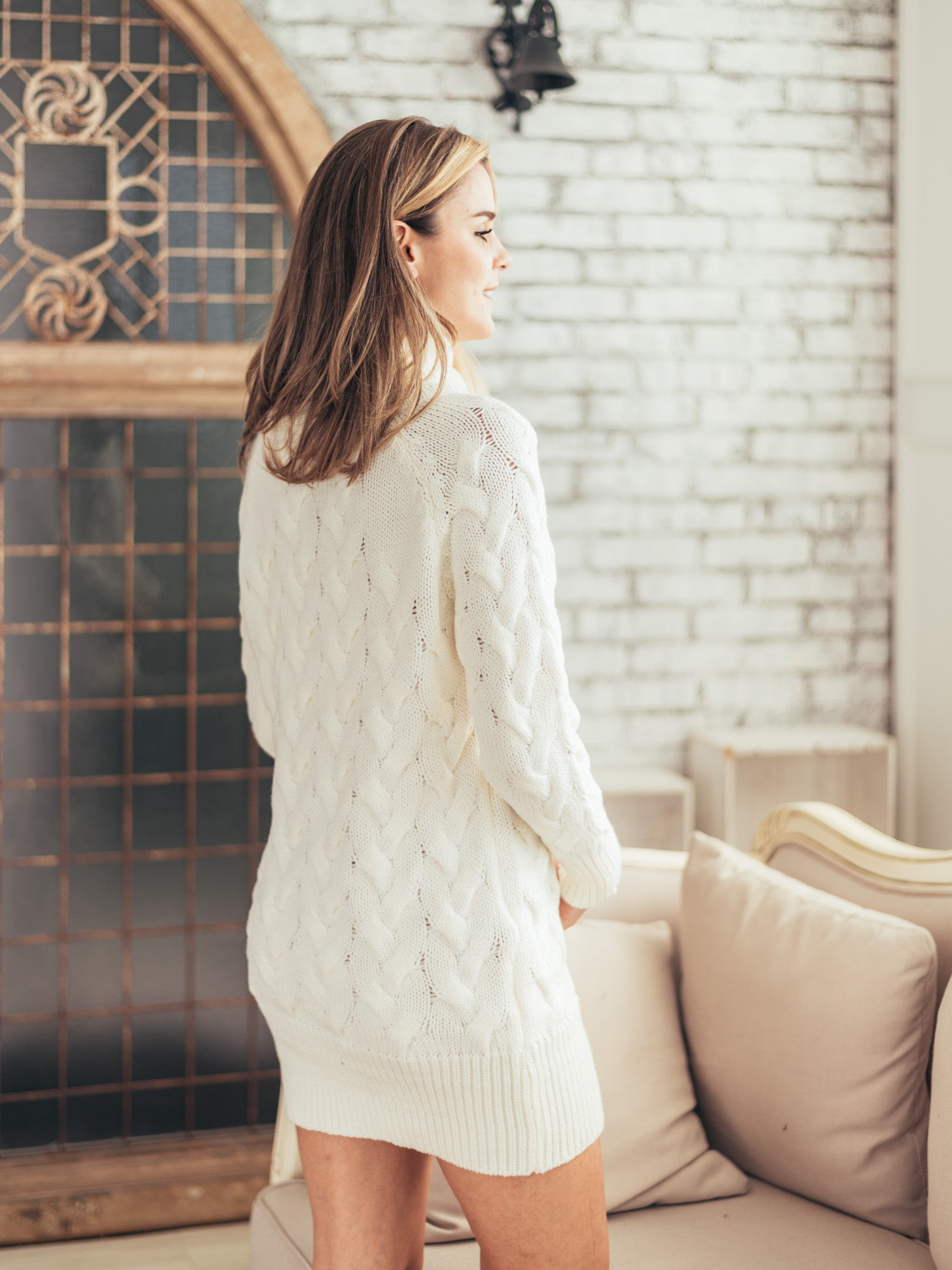 'Zenaida' White Cable-knit Dress