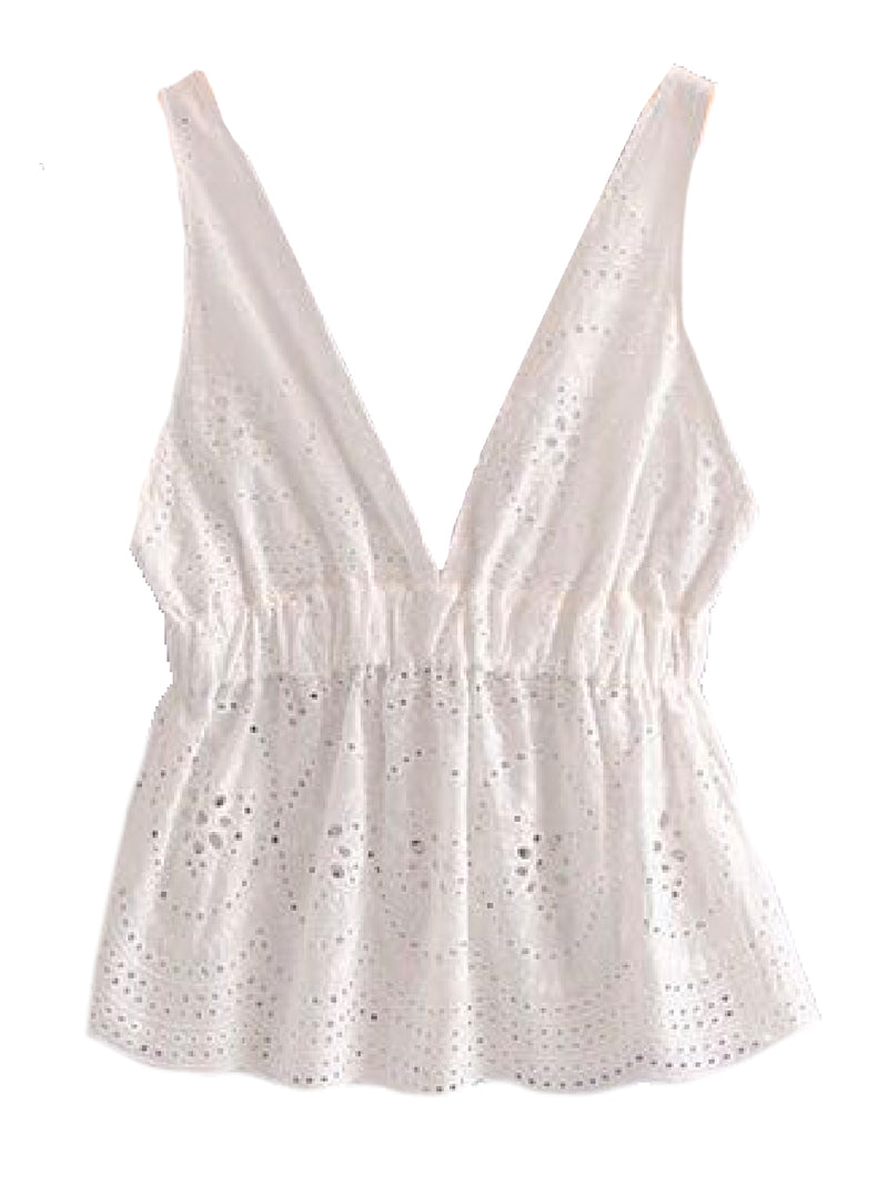 Goodnight Macaroon 'Cadee' Sleeveless Broderie Anglaise Frill Top Front