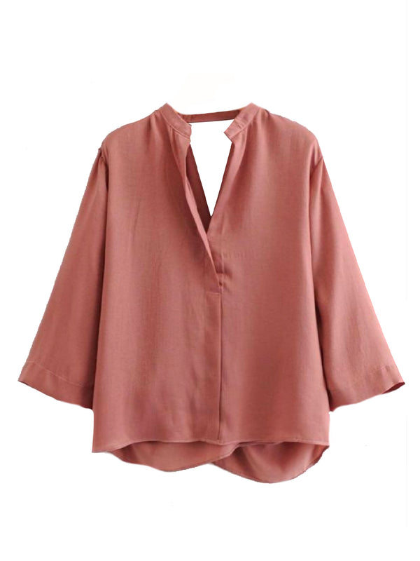 Goodnight Macaroon 'Jill' Open Back Flare Sleeve V Neck Top Front