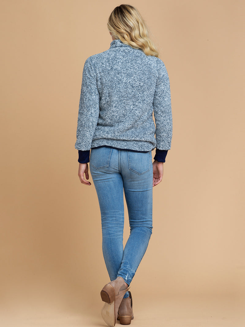 Goodnight Macaroon 'Vincy' Sherpas Quilted Fluffy Sweater Blue Model Full Body Back