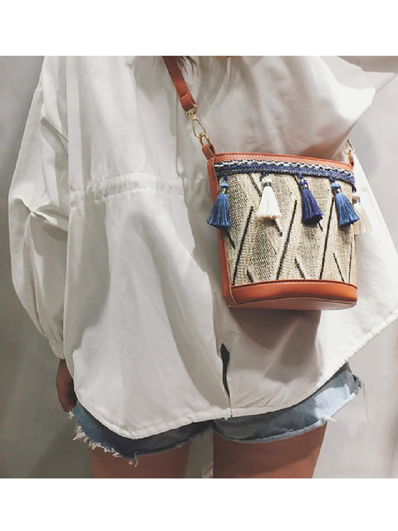 'Sanni' Bohemian Raffia Tassels Bucket Bag (2 Colors)