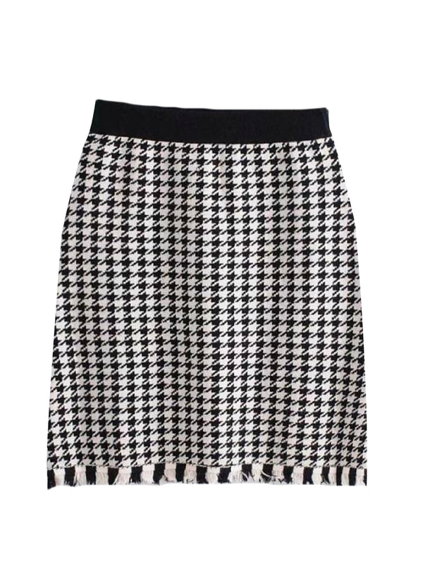 'Flavian' Houndstooth Knitted Mini Skirt