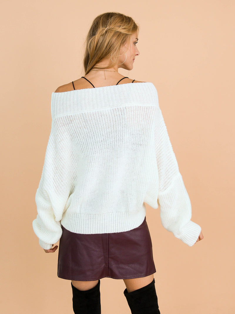 Goodnight Macaroon 'Jansen' Bat-Sleeve Off-The-Shoulder Oversized Sweater Model Back Half Body