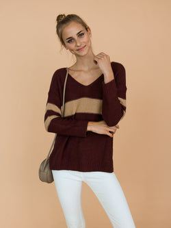 Goodnight Macaroon 'Pamela' Two Tone High-Low V-Neck Sweater Model Front Half Body