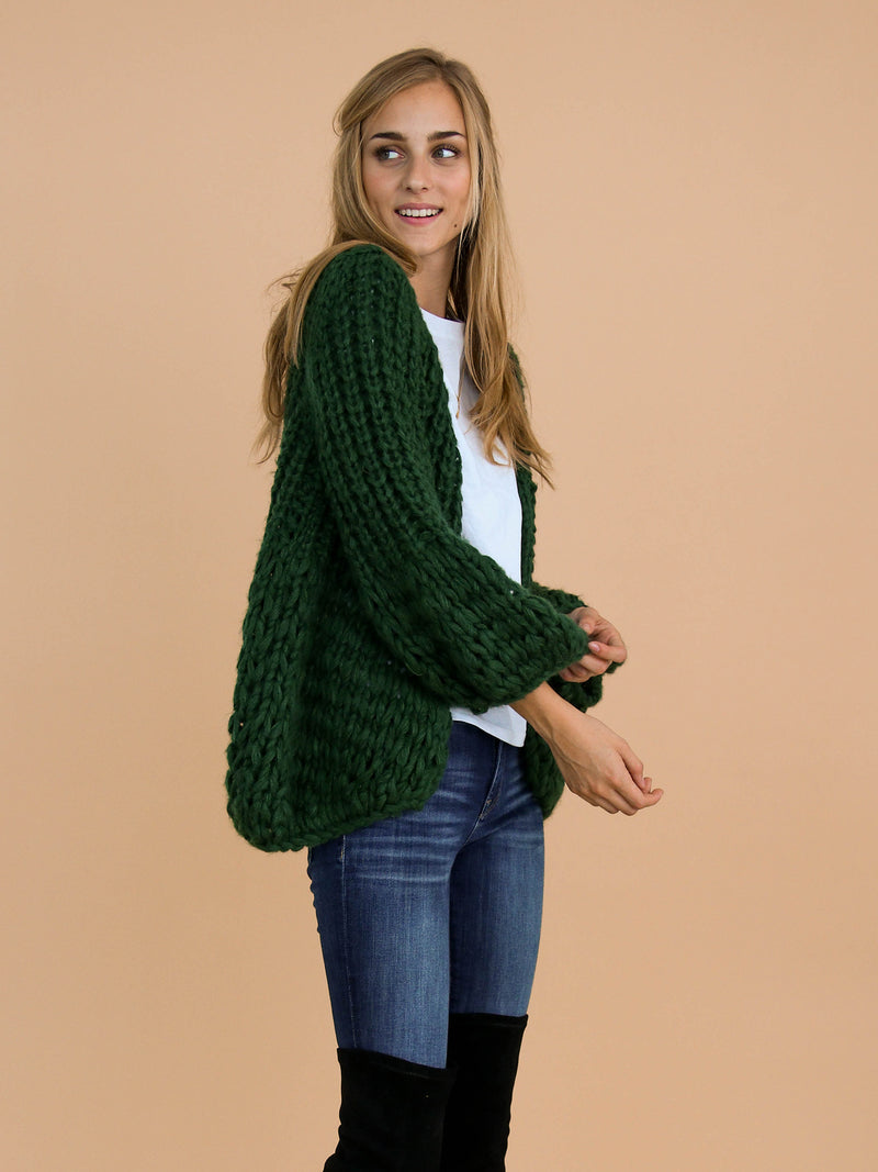 Goodnight Macaroon 'Lillibeth' Green Chunky Knit Open Cardigan Model Side Half Body