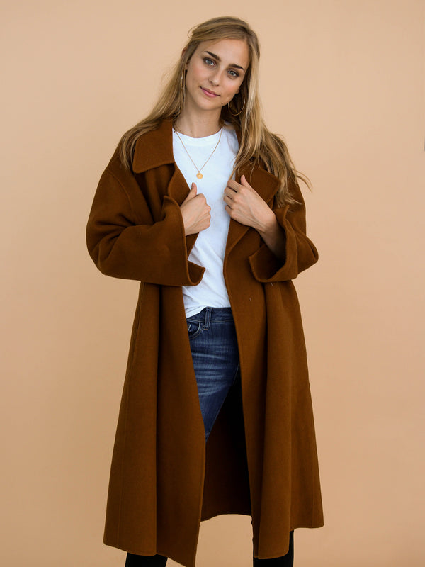Goodnight Macaroon 'Caitlyn' Luxury Australian Cashmere Wool Coat Model Front Half Body