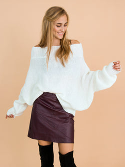 Goodnight Macaroon 'Jansen' Bat-Sleeve Off-The-Shoulder Oversized Sweater Model Front Half Body