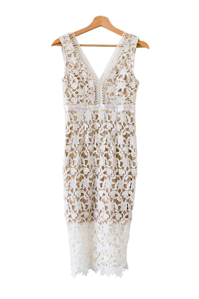 'Gianna' Plunge Neck Lace Midi Dress - Goodnight Macaroon