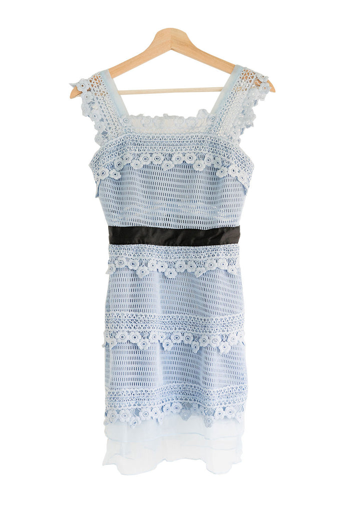 Goodnight Macaroon 'Bilson' Floral Crochet Lace Shift Dress