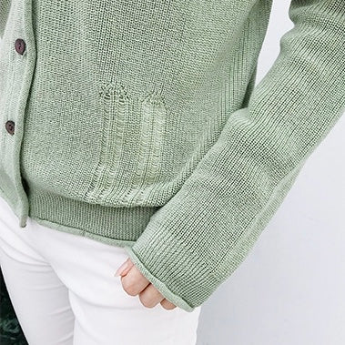 Goodnight Macaroon 'Nora' Distressed Rib-Knitted Button-Up Cardigan Green Details