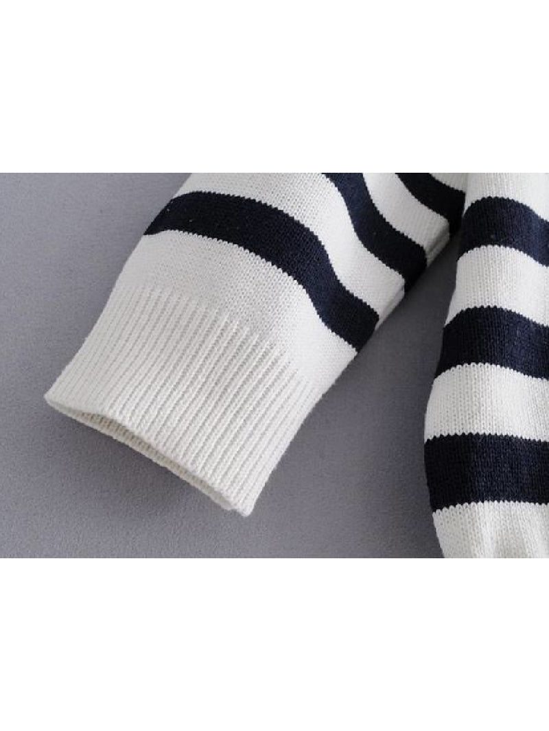 Goodnight Macaroon 'Griet' Striped Knitted Crew Neck Sweater White Sleeve