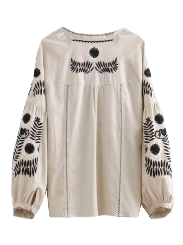 Goodnight Macaroon 'Tess' Bohemian Embroidered Peasant Blouse Back