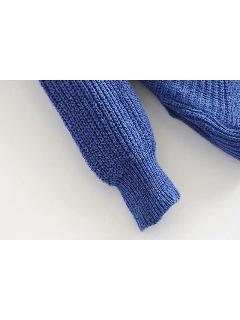Goodnight Macaroon 'Maisy' Ribbed Knotted Two-Way Sweater Blue Sleeve