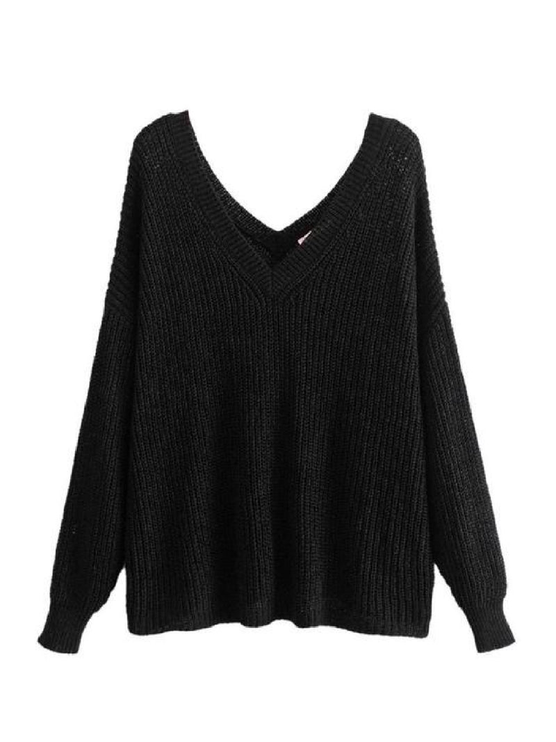 Goodnight Macaroon 'Cady' Slouchy Knitted V-Neck Sweater Black Front