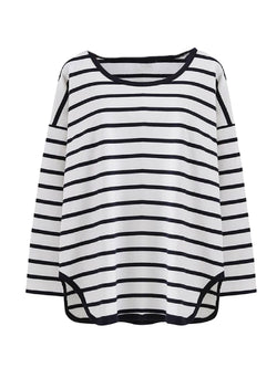 Goodnight Macaroon 'Tori' Striped Asymmetric Hem Long Sleeved T-Shirt White Front