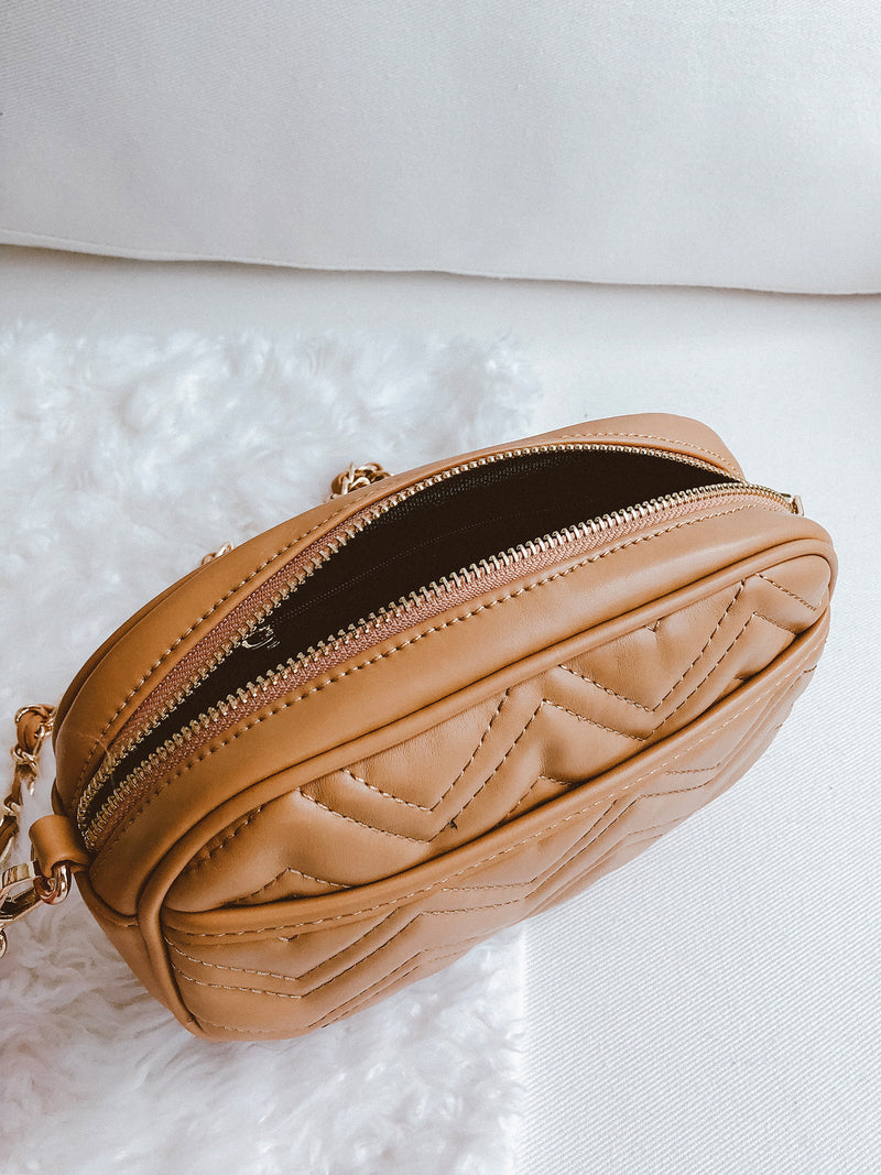 Goodnight Macaroon 'Breana' Chevron Quilted Shoulder Bag Tan Open