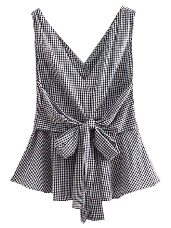 Goodnight Macaroon 'Reagan' Gingham Front Tied Sleeveless Flare Top Black Front