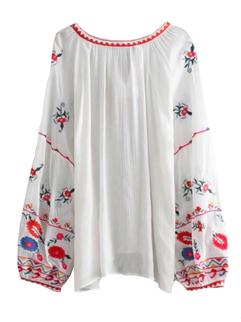 Goodnight Macaroon 'Yuri' Embroidered Tassels Tunic Top Back