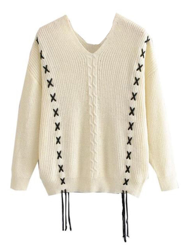 Goodnight Macaroon 'Heidi' Knitted Laced V-Neck Sweater Front