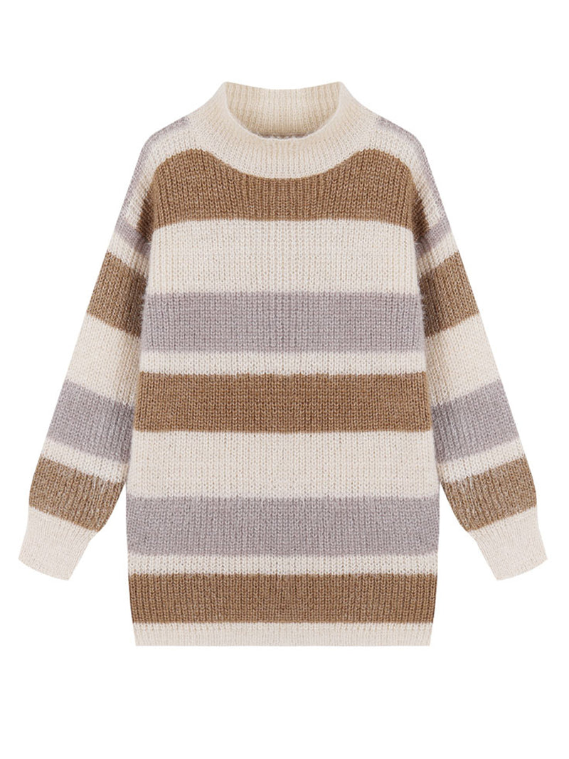 Goodnight Macaroon 'Daria' Color Block Fluffy Sweater White Front