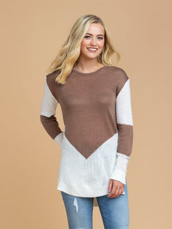 Goodnight Macaroon 'Gabi' Two Tone Color Block Sweater Model Half Body Front