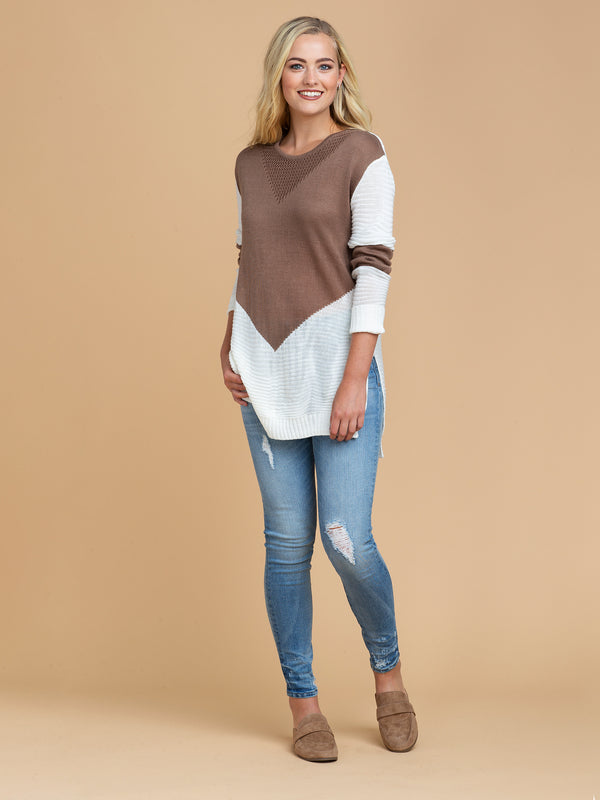 Goodnight Macaroon 'Gabi' Two Tone Color Block Sweater Model Full Body Front