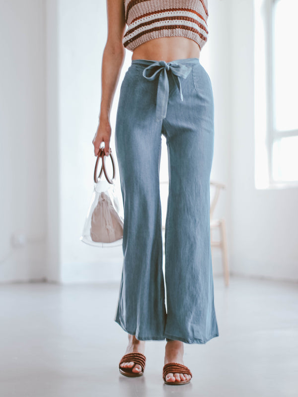 Goodnight Macaroon 'Lauren' Flared Chambray Pants Front