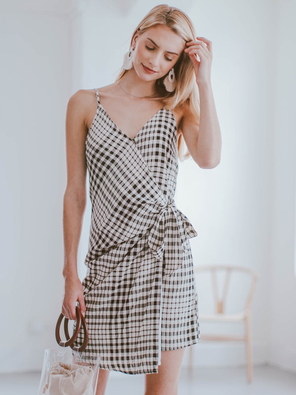 Goodnight Macaroon 'Hera' Plaid Side Tied Shoulder Strap Wrap Dress Model 1_2 Body