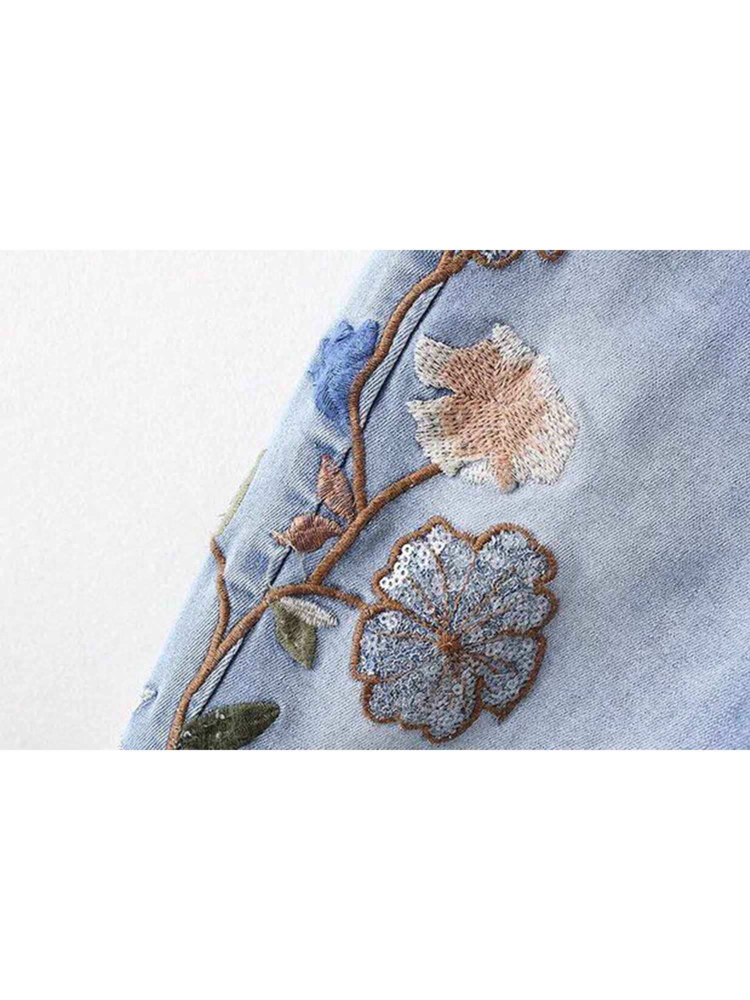 'Chella' Embroidered Ripped Raw Hem Jeans