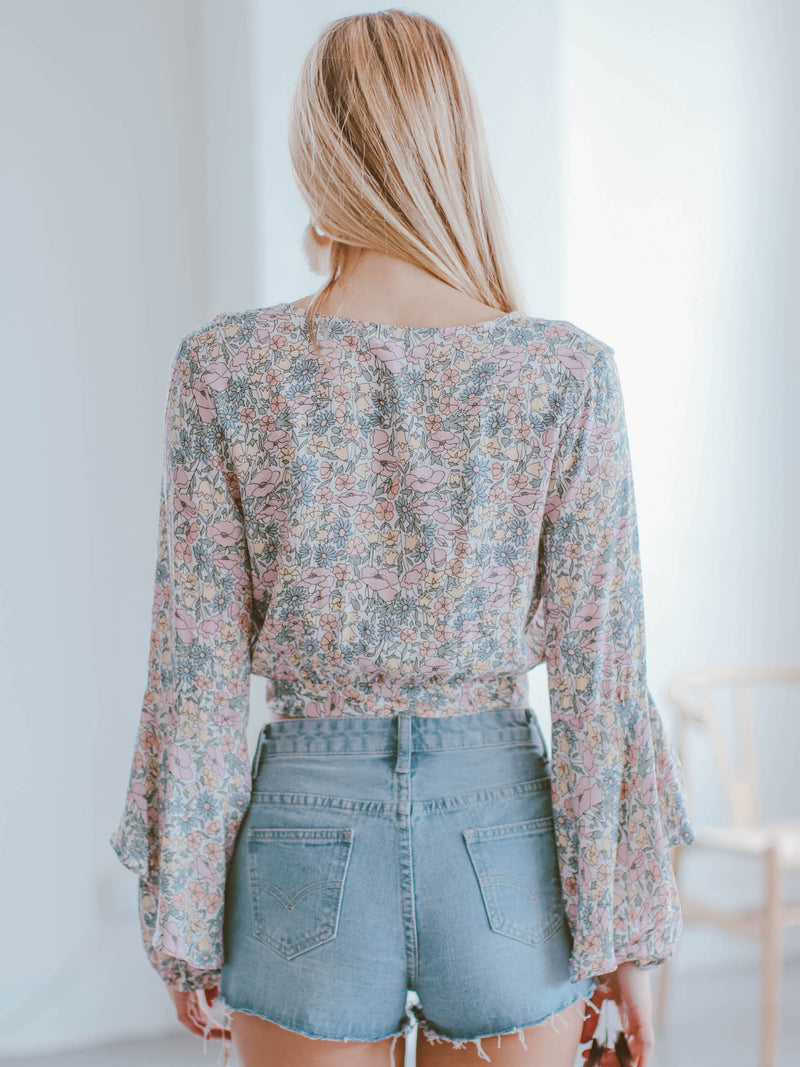 Goodnight Macaroon 'Leia' Floral Flared Bell Sleeve Tied Front Cropped Top Model Back Full Body