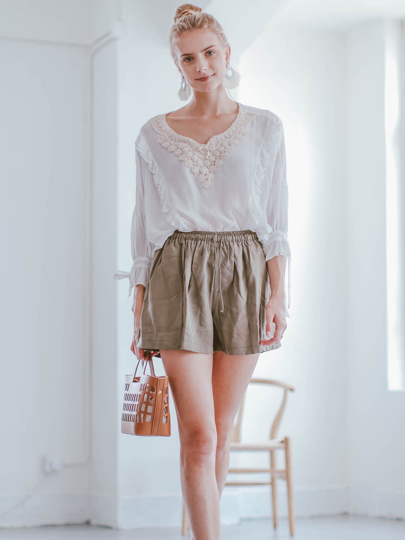 Goodnight Macaroon 'Gracelyn' Linen Tied Shorts Model Front Half Body